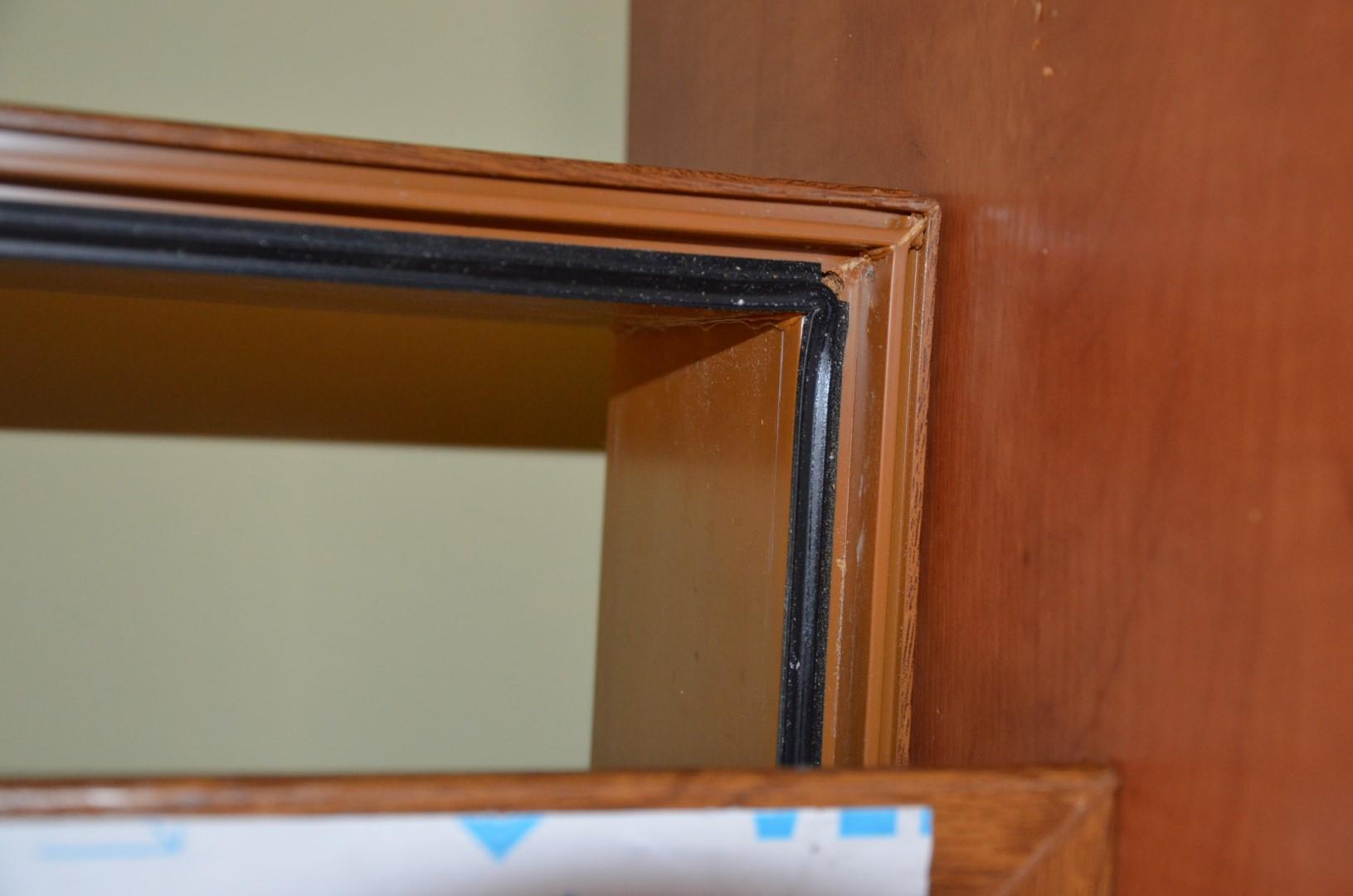Larghezza porta finestra home design e interior ideas - Serranda porta finestra ...